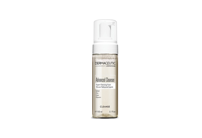 DERMACEUTIC Advanced Cleanser MIDDLE